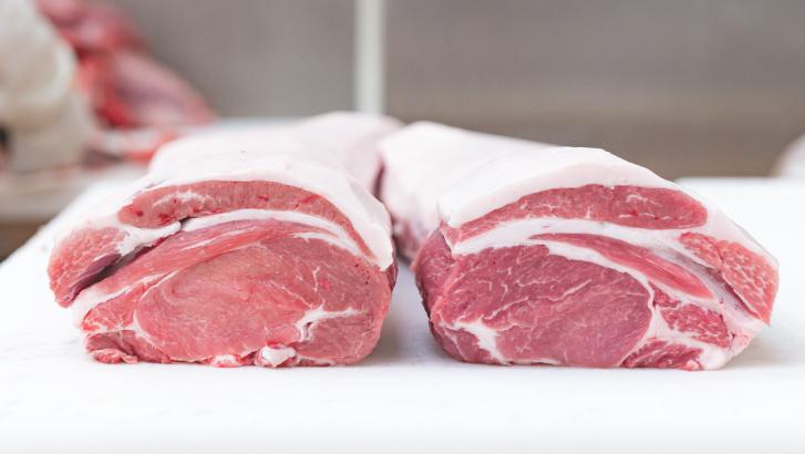 トレイに入ったお肉